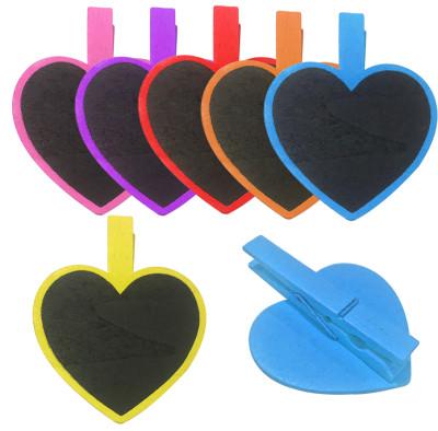 Diğer - 4lü Renkli Kalp Şeklinde Tebeşirle Yazılabilir Karatahta Ahşap Mandal