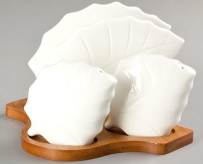 Diğer - Bambu Standlı Yaprak Şeklinde Porselen Peçetelik Tuzluk ve Biberlik Seti