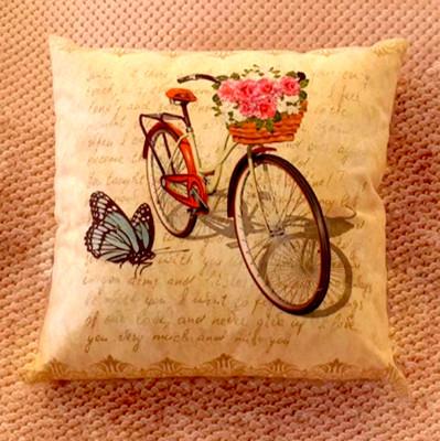 Diğer - Bisiklet ve Kelebek Desenli Dekoratif Kırlent Kılıfı 43cm