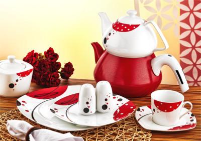 Evimsaray - Evimsaray Kare Puantiyeli Porselen Kahvaltı Seti 36 Parça Kırmızı