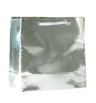 50li Düz Renk Metalize Karton Hediyelik Şeker Çantası Gümüş 11x11x5,5cm