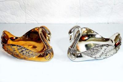 Diğer - Dekoratif İşlemeli Swarovski Taşlı Kraliçe Kuğu Gondol Kaplama Altın Renkli