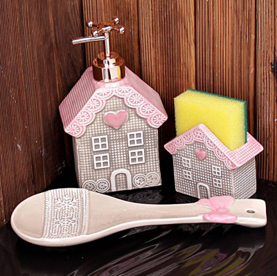 Diğer - Ev Şeklinde 3 Parça Porselen Mutfak Seti Pembe