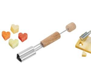 Fackelmann - Fackelmann Bıçaklı Ahşap Saplı Şekillendirici Kalp
