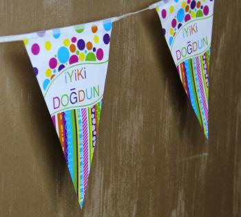 İyiki Doğdun Yazılı Doğum Günü Partisi Flama Bayrak