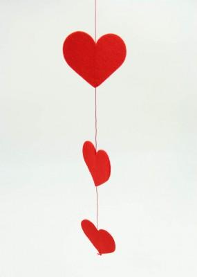 Diğer - Kalpli Keçe Asma İpli Uzayan Tavan Süsü 1mt