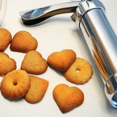 Diğer - Pratik Bisküvi Yapma Makinesi